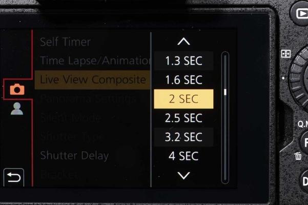 Stel de sluitertijd in tussen 1/2 en 60 sec.
